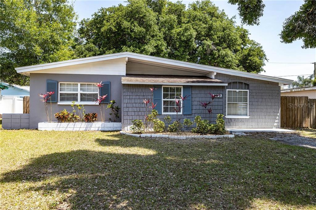 2137 Riviera Drive Property Photo