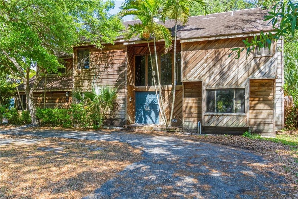 2735 PARK STREET N Property Photo - ST PETERSBURG, FL real estate listing