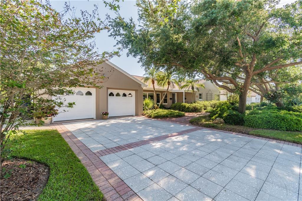 6326 Bahama Shores Drive S Property Photo