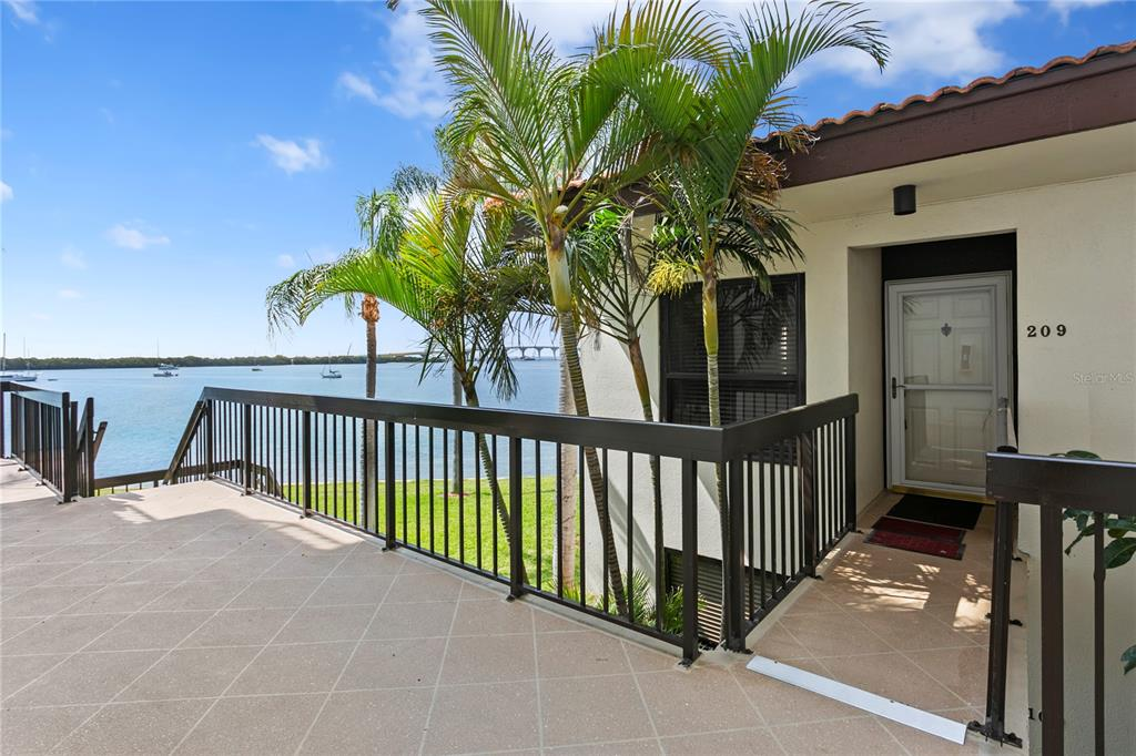 6291 Bahia Del Mar Circle #209 Property Photo