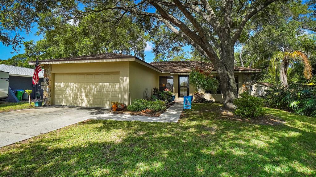 9790 Parkwood Court Property Photo
