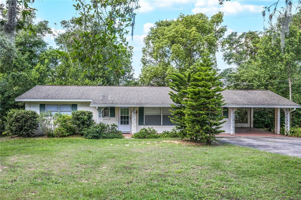 2304 Country Club Road Property Photo