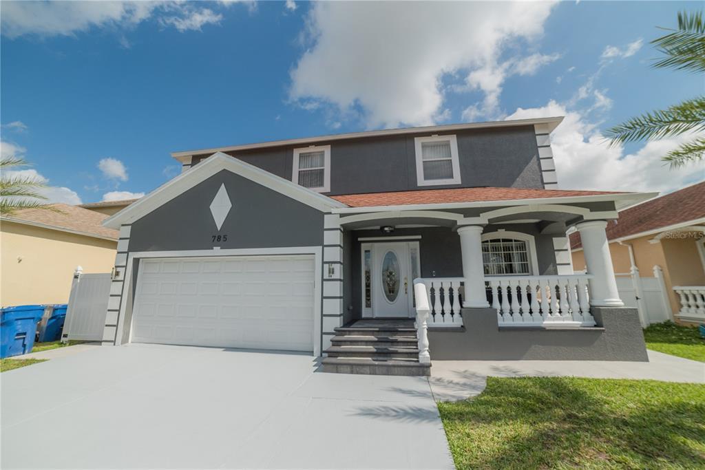 785 92nd Avenue N Property Photo