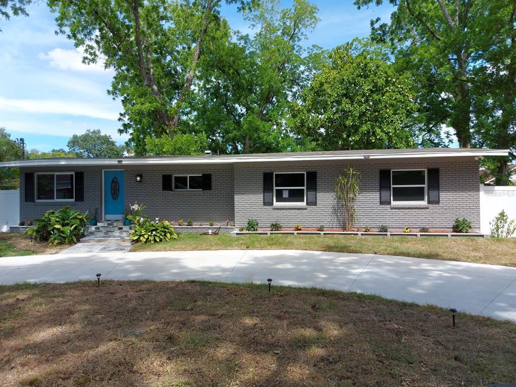 6909 N River Boulevard Property Photo
