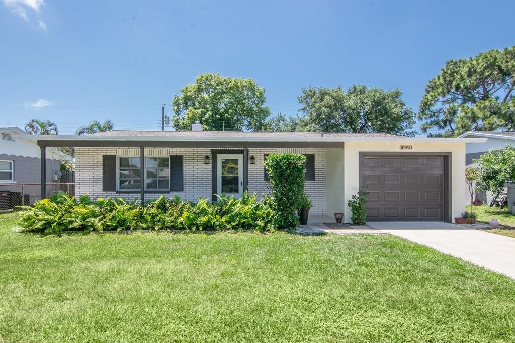 10890 Freedom Boulevard Property Photo