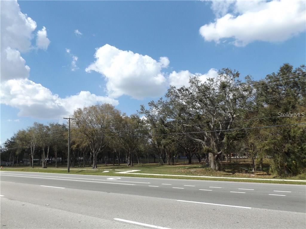 10490 VENTURA BLVD. Property Photo - TAMPA, FL real estate listing