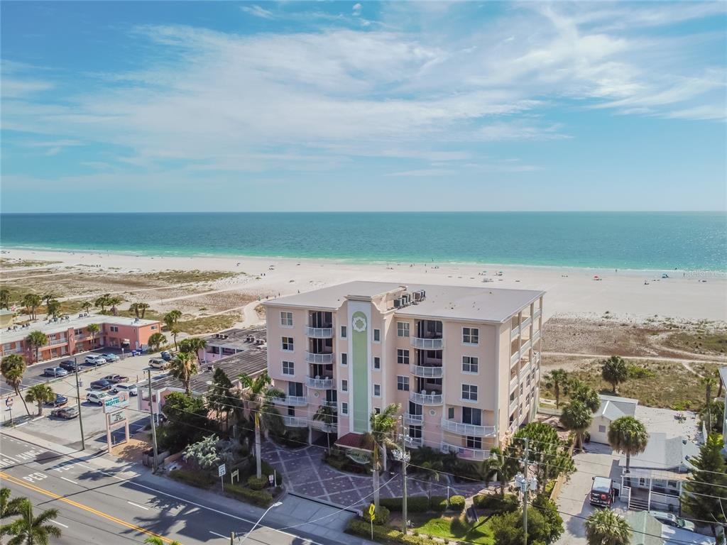 10324 Gulf Boulevard #400 Property Photo 1