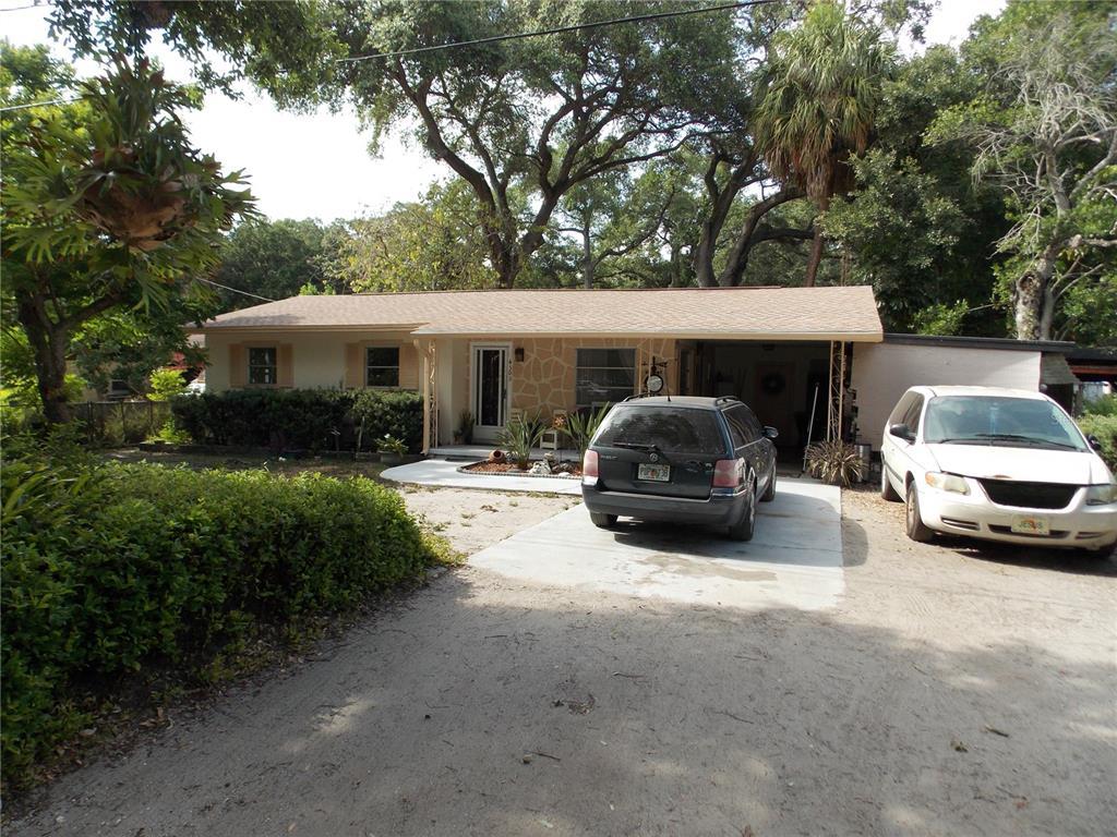 4303 W Woodlawn Avenue Property Photo