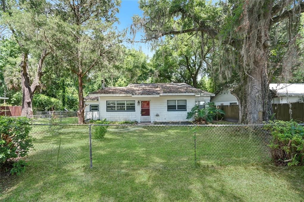 612 S Epperson Street Property Photo