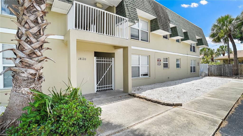 14120 Palm Street Property Photo 1
