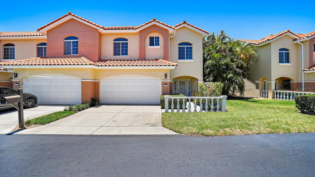 6311 Vista Verde Drive E Property Photo