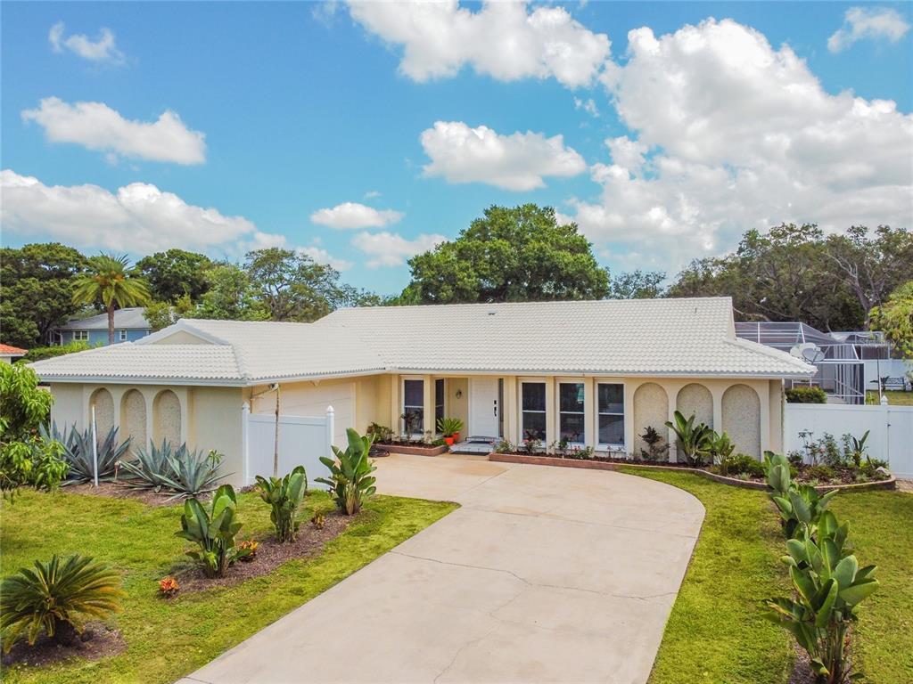 2390 Roberta Lane Property Photo