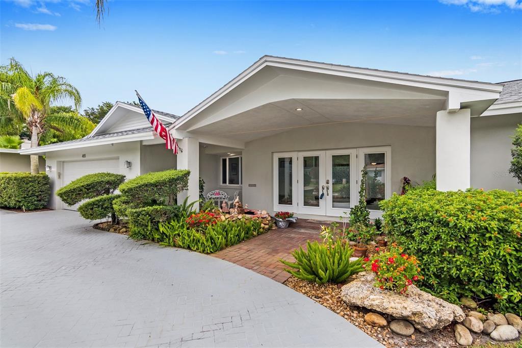 415 Poinsettia Road Property Photo