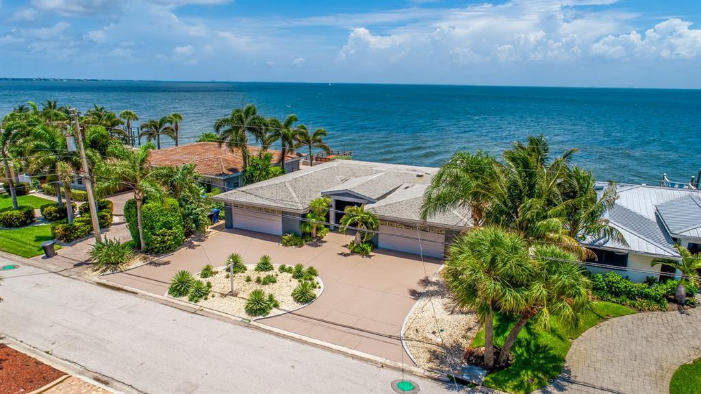 2580 E Bay Isle Drive Se Property Photo