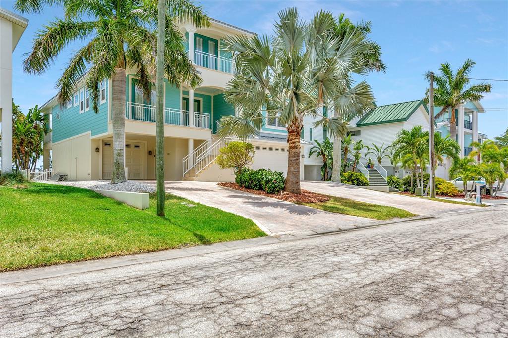 903 Bay Point Drive Property Photo