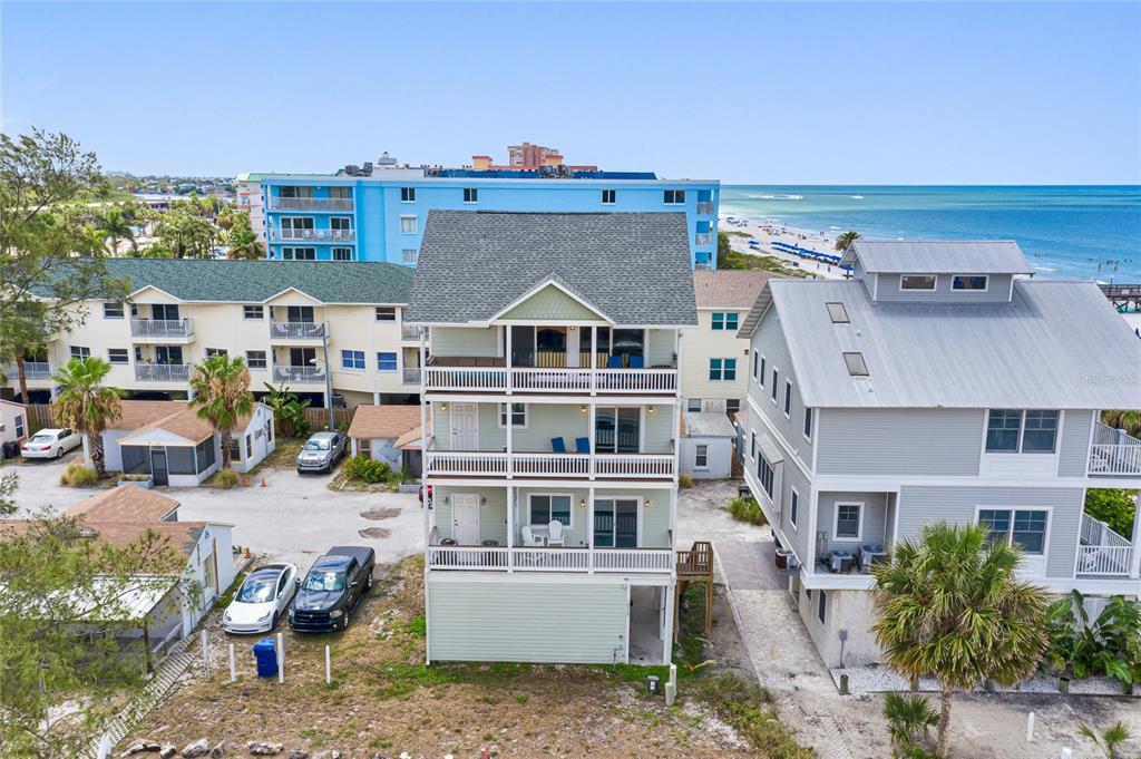 18530 Gulf Boulevard Property Photo