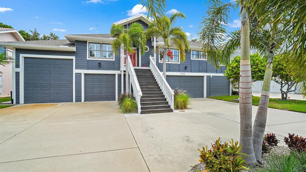 5904 Bayview Circle S Property Photo