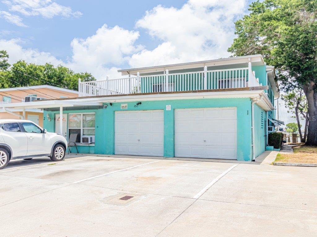 2311 Bay Boulevard Property Photo