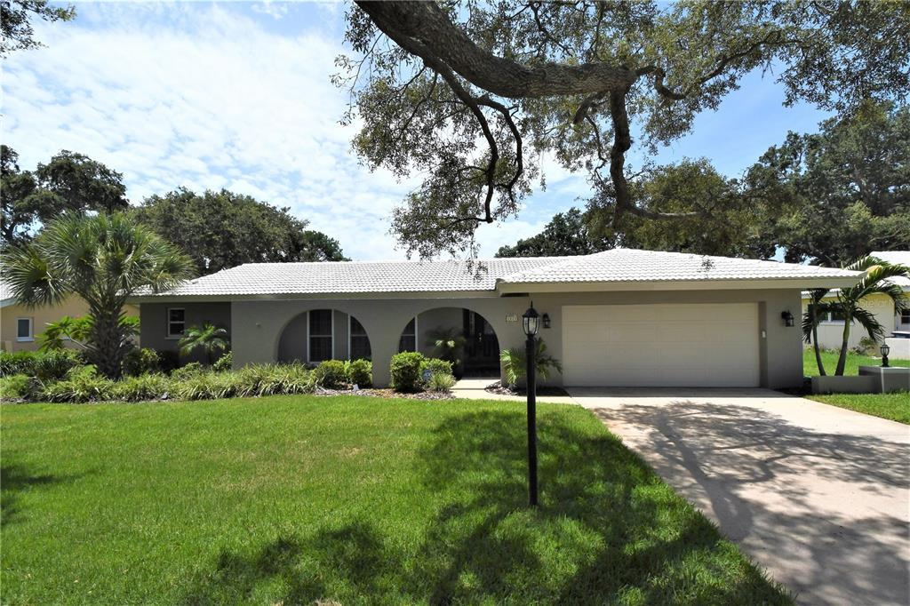 2225 Minneola Road Property Photo