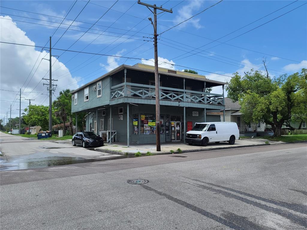 2223 Stuart Street Property Photo
