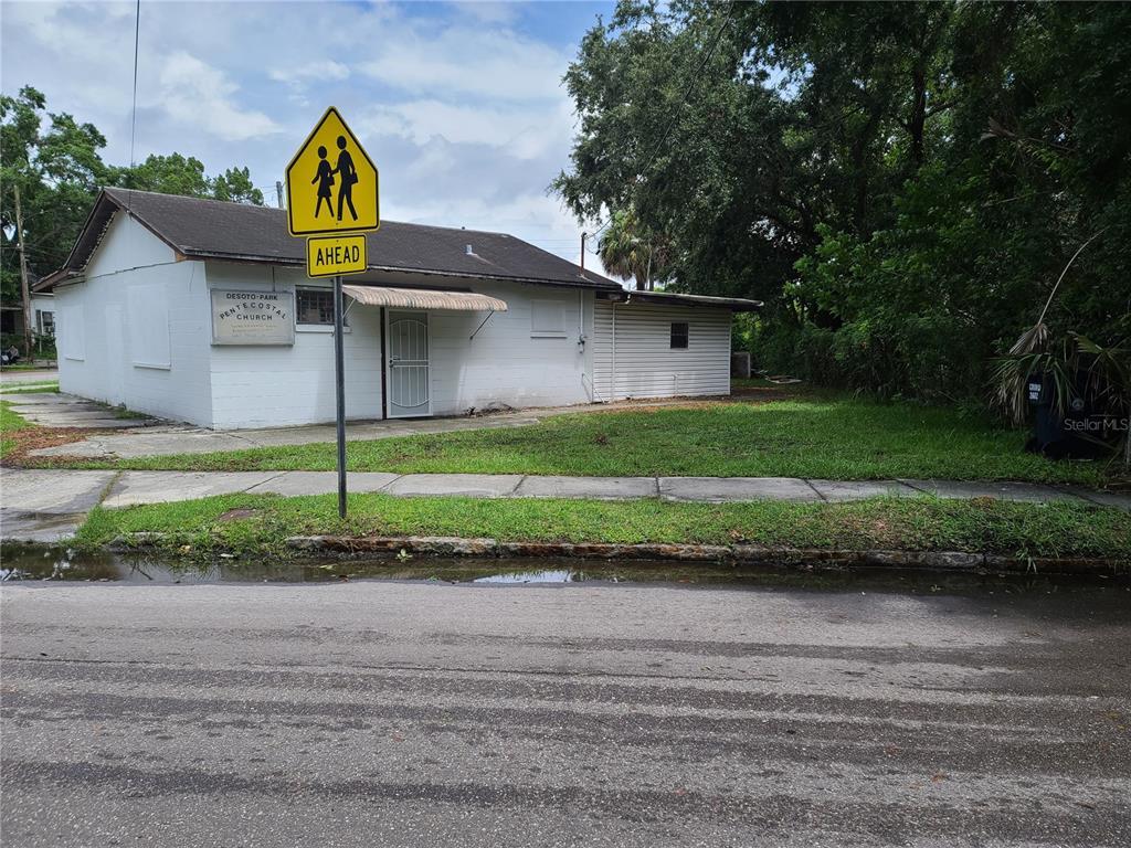 2602 Corrine Street Property Photo