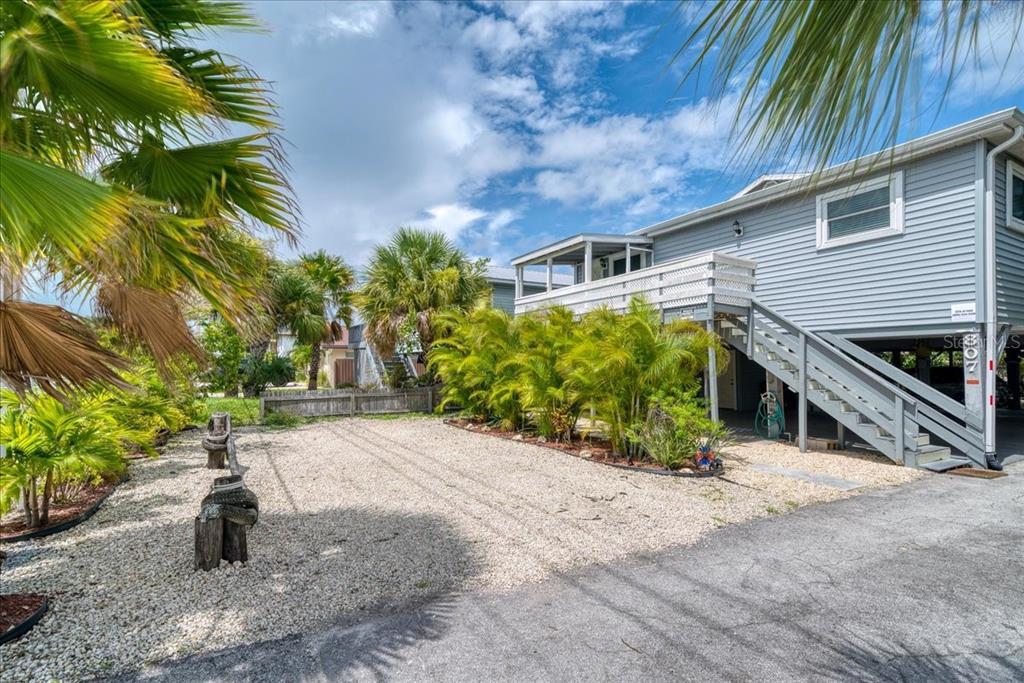 807 Gulf Boulevard Property Photo