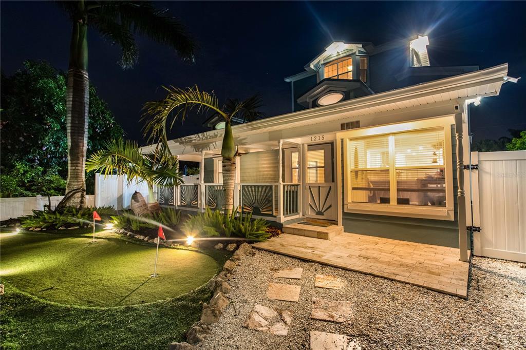 1215 Bay Palm Boulevard Property Photo