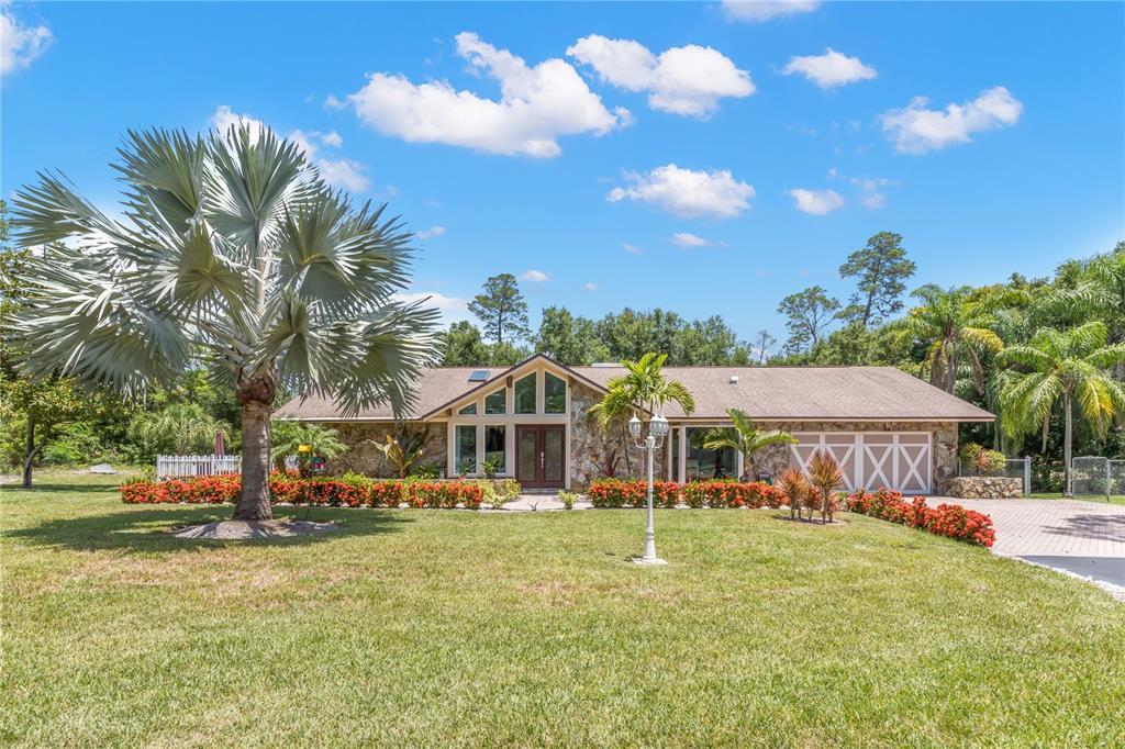 2950 Eagles Nest Drive Property Photo 1