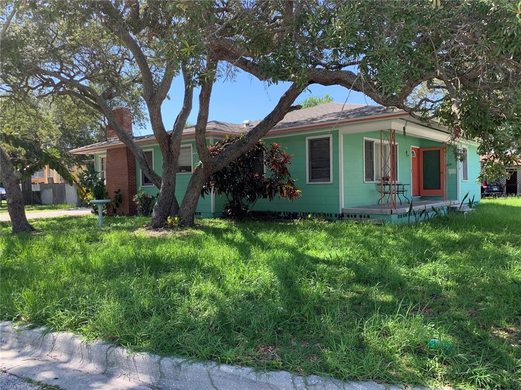 214 S Highland Avenue Property Photo