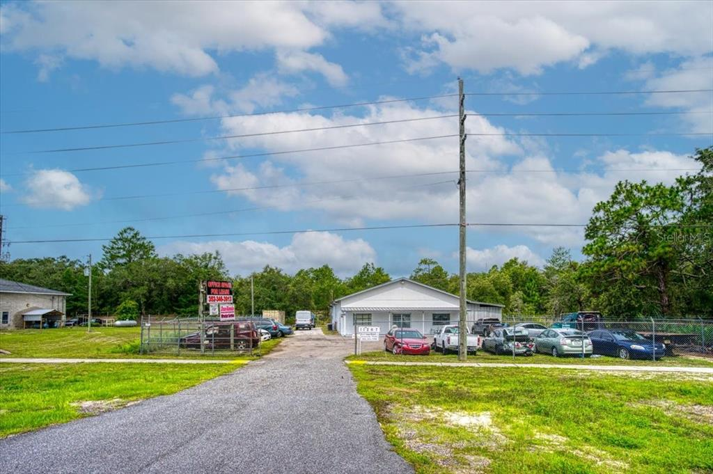 11267 Commercial Way Property Photo