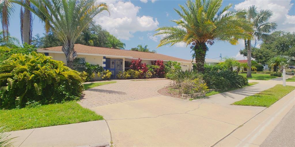 6150 115th Lane Property Photo