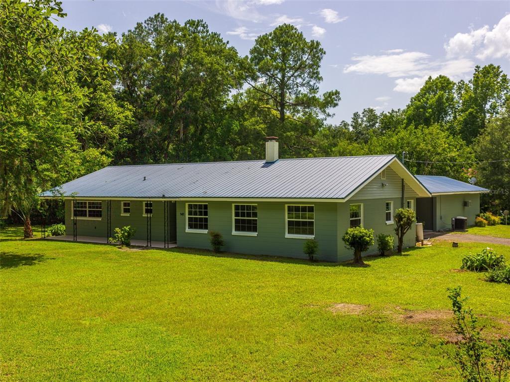 141 Oak Avenue Property Photo