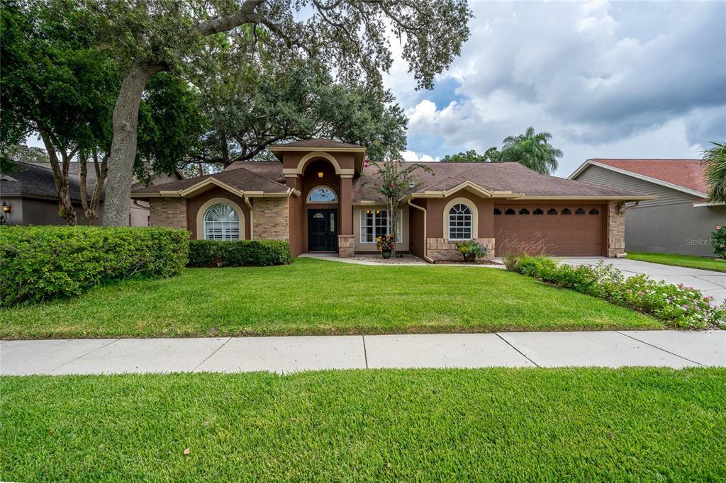 5611 Pine Bay Drive Property Photo