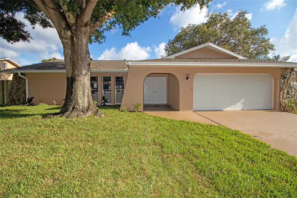 8609 Pinetree Drive S Property Photo