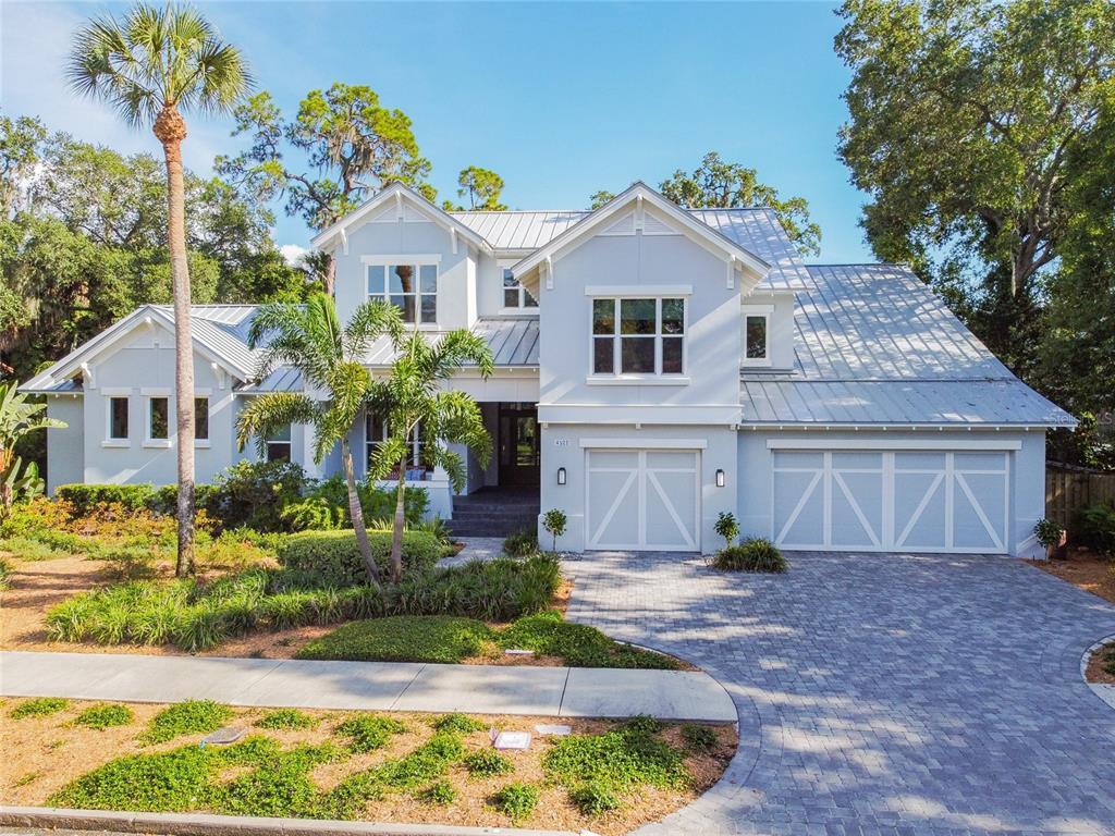 4522 W Swann Avenue Property Photo 1