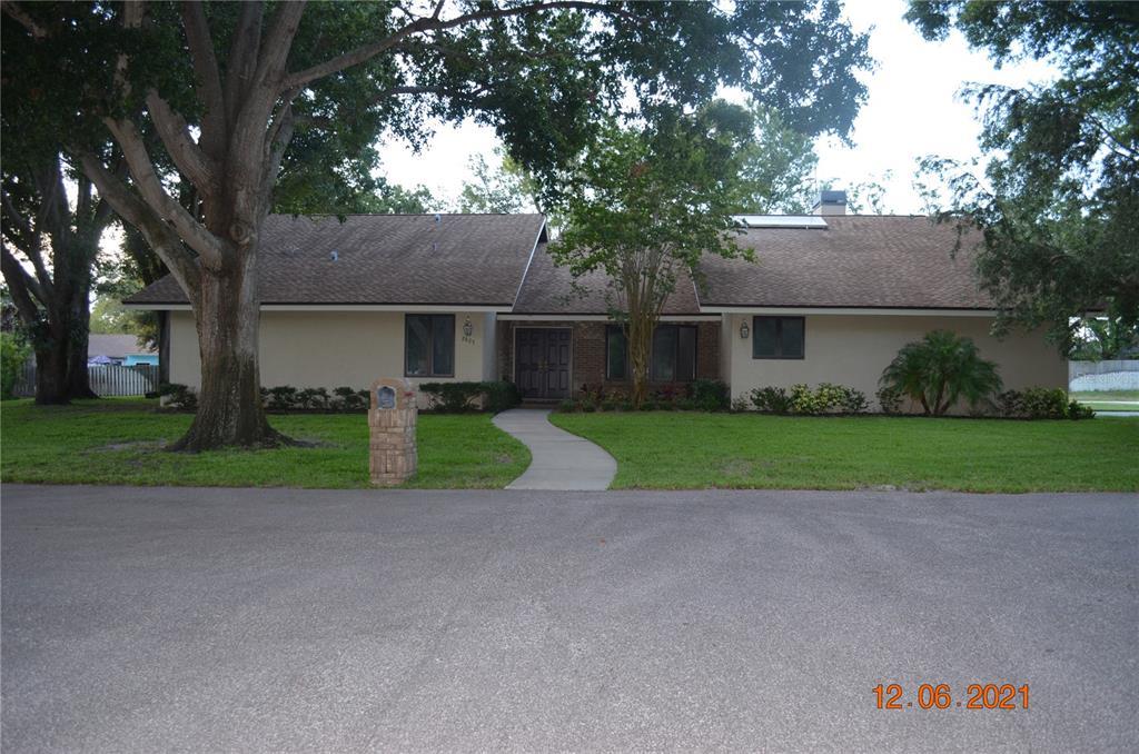 U8131305 Property Photo 1