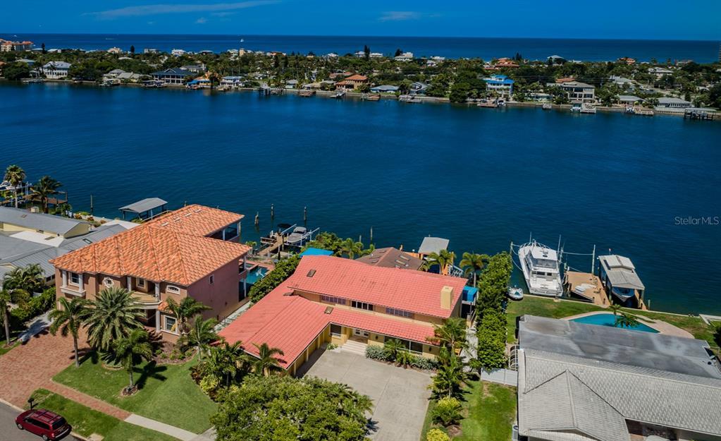 830 Island Way Property Photo