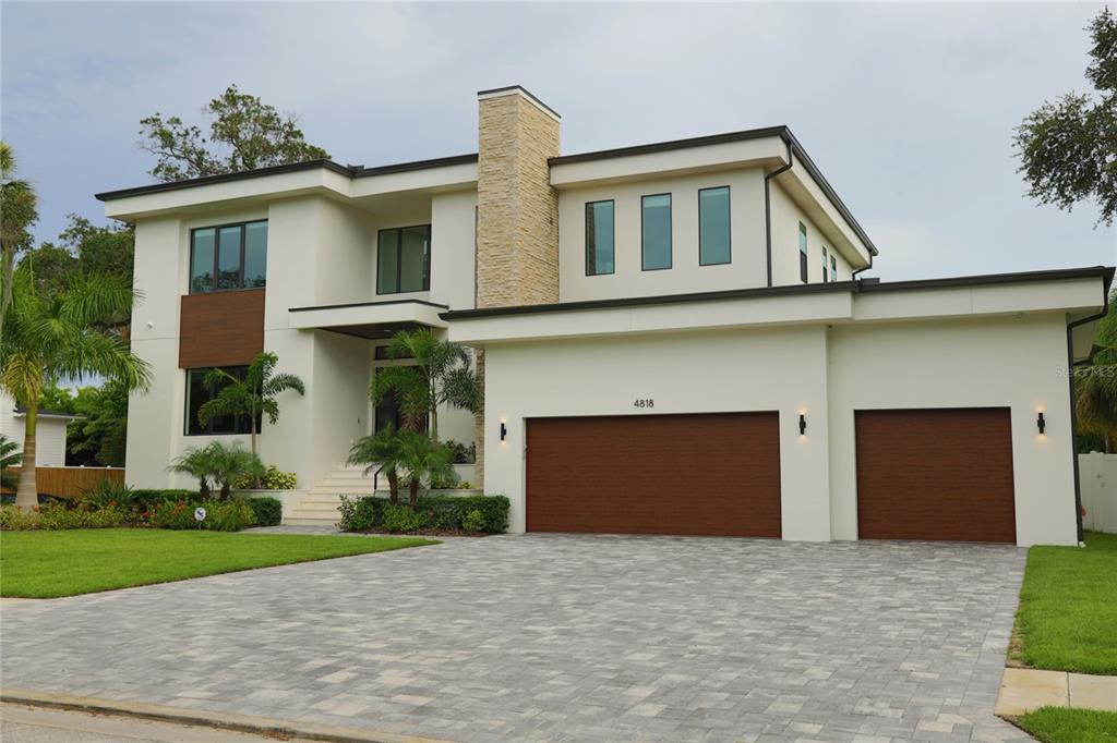 4818 W San Jose Street Property Photo 1