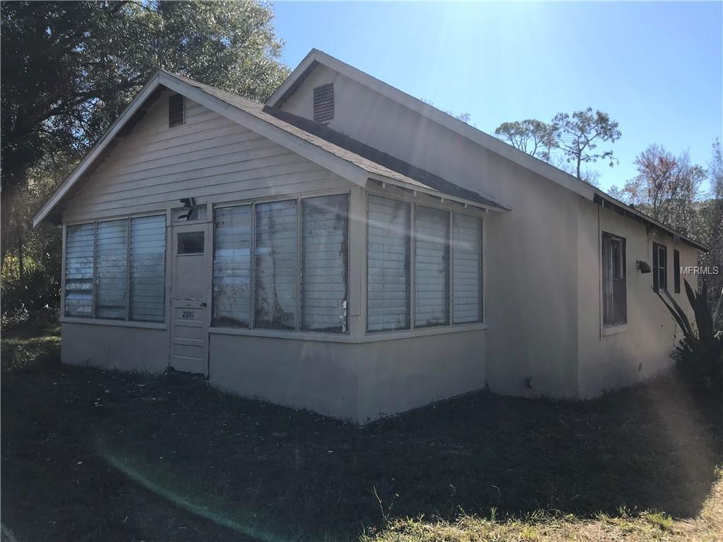 2000 E NEW YORK AVE Property Photo - DELAND, FL real estate listing