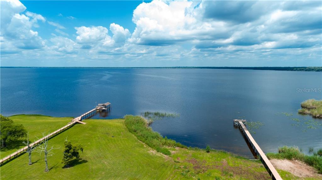 1336 SIOUX TRL Property Photo - ENTERPRISE, FL real estate listing