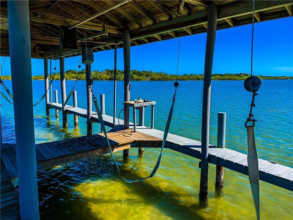 285 GOLDEN BAY BOULEVARD Property Photo - OAK HILL, FL real estate listing