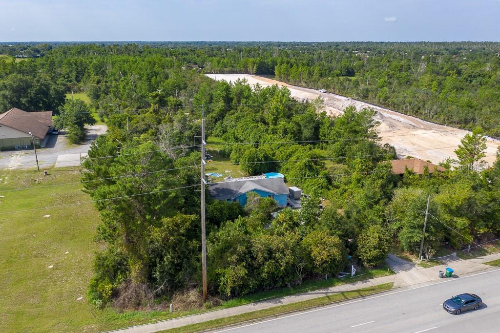 3021 Howland Boulevard Property Photo