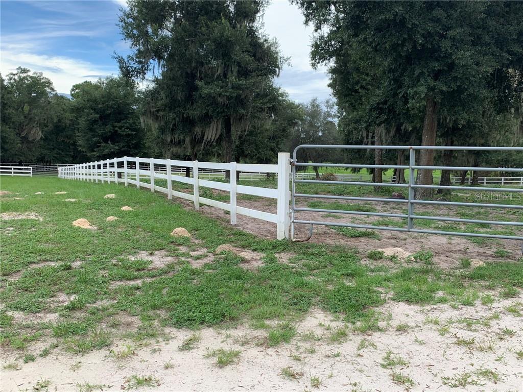 5545 N US HIGHWAY 17 Property Photo - DE LEON SPRINGS, FL real estate listing