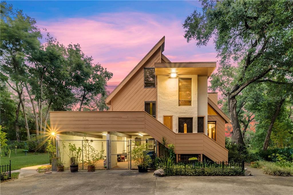 695 S BLUE LAKE AVENUE Property Photo - DELAND, FL real estate listing