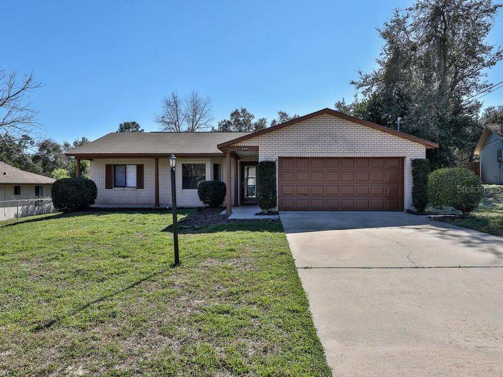 1209 Beechdale Dr Property Photo