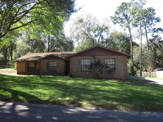 2100 STRATFORD DRIVE Property Photo - DELAND, FL real estate listing