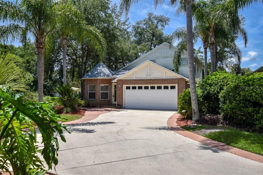 2 OAK VILLAGE DRIVE Property Photo - ORMOND BEACH, FL real estate listing