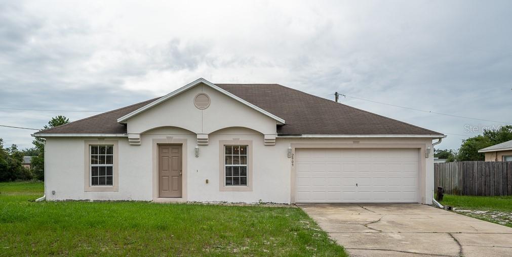 2909 W Huron Dr Property Photo