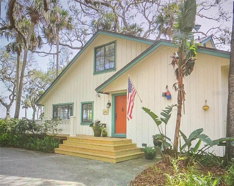 646 N RIVERSIDE DR Property Photo - NEW SMYRNA BEACH, FL real estate listing