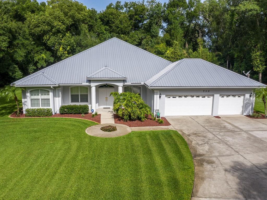730 N Ridgewood Ave Property Photo